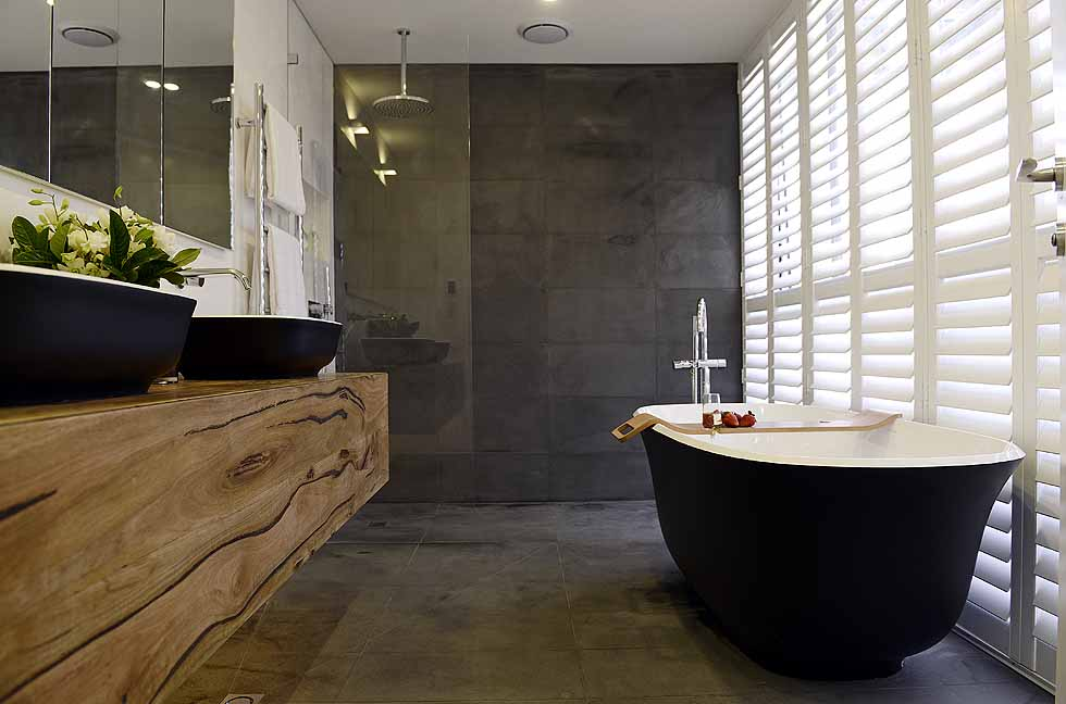Matte black amiata bath wins the block master ensuite for Ensuite designs 2016